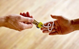 Guarda la versione ingrandita di Airbnb, affitti online violano norme antiterrorismo: 25 proprietari indagati