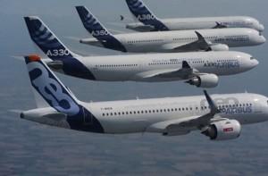 YOUTUBE Airbus, la dimostrazione perfettamente sincronizzata