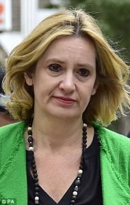 Amber Rudd, ministro inglese con le società alle Bahamas....