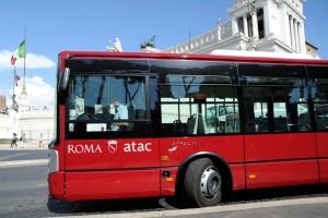 Guarda la versione ingrandita di Roma, nuova grana per Virginia Raggi: verso dimissioni capo personale Atac
