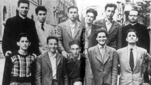 Guarda la versione ingrandita di La classe di Silvio terzo da sinistra in alto (foto Ansa)