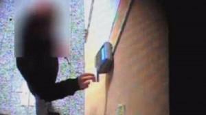 Guarda la versione ingrandita di Biella: furbetti del cartellino in Comune, 33 dipendenti arrestati
