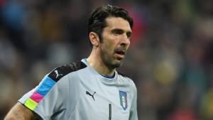 """""""Palestina libera"""". Gigi Buffon idolo degli arabi, ma è una bufala"""