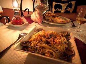 Guarda la versione ingrandita di Tranquillante nella cena per i suoceri: resta in carcere Ilaria G.