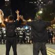 YOUTUBE Usa, nuova notte di scontri a Charlotte: un ferito grave. E' stato di emergenza 4