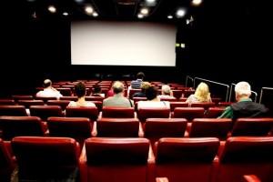 Guarda la versione ingrandita di Cinema a due euro, ieri mezzo milione in sala. Quando lo rifanno?