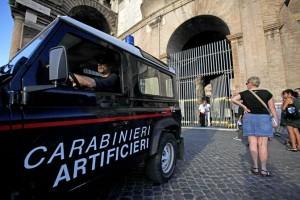 Roma, allarme bomba al Colosseo: chiusa stazione Metro B
