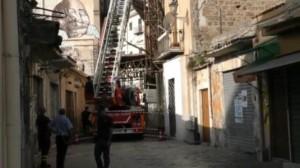 Palermo, crollo in una vecchia palazzina Gente in strada: non ci sono feriti