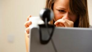 Guarda la versione ingrandita di Tiziana Cantone, non un caso isolato: 1 ragazzo su 10 condivide sul web video e foto intime