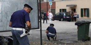 Pesaro, scooter contro furgone: muore 34enne