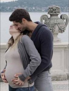 Guarda la versione ingrandita di Eleonora Berlusconi e Guy Binns genitori: è nata Flora FOTO