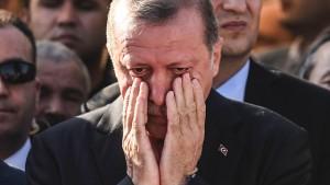 Nuovi arresti di giornalisti in Turchia, mercoledì 14 Fnsi sotto l'ambasciata turca a Roma