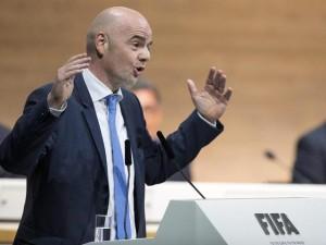 """Italia-Francia con moviola in campo. Infantino: """"Fatta la storia"""""""