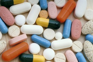 Farmaci, uno su dieci lo buttiamo. Colpa di confezioni sbagliate, costo: 1,6 mld l'anno