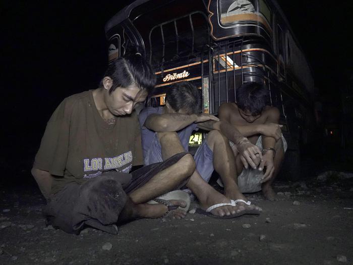 """Filippine, Duterte si ispira a Hitler: """"Voglio uccidere 3 milioni di tossici"""""""