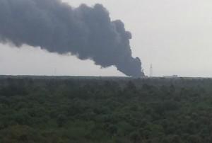 Guarda la versione ingrandita di Florida: esplosione a Cape Canaveral, erano in corso test su razzo Falcon 9
