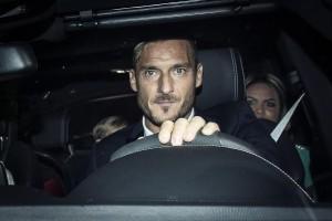 Francesco Totti 40 anni, foto dal Castello di Tor Crescenza