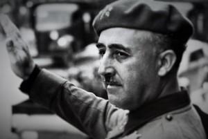 Guarda la versione ingrandita di Francisco Franco finanziava MSI e Internazionale Nera. Le prove
