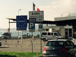 Sondaggio Demos, gli italiani rivogliono le frontiere: 83% contro Schengen