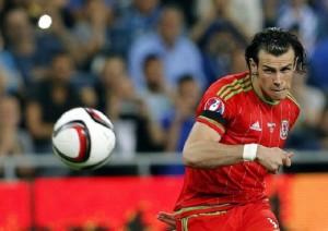 Gareth Bale, guardie armate tutto il giorno fuori da hotel. Cugina della moglie...