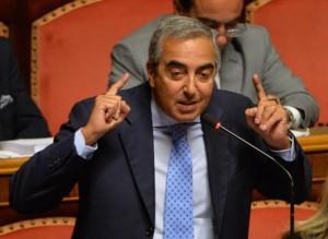 """Gasparri vede nero nel futuro di Di Battista: """"Venderà gelati che nessuno comprerà, nessuno compra dai grillini"""""""