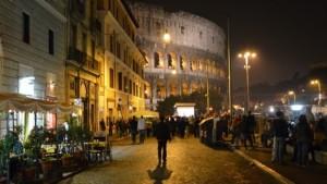 Un'immagine dei locali di via San Giovanni in Laterano, la cosiddetta Gay Street capitolina