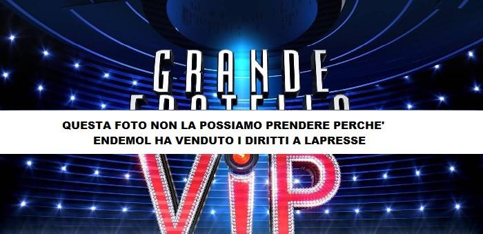 Grande fratello Vip, Stefano Bettarini bacia Alessia Macari