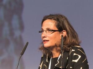 Guarda la versione ingrandita di Ilaria Capua, scienziata accusata e prosciolta, si dimette da deputato