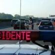 A4, furgone travolge auto Polstrada: morto un agente e il camionista