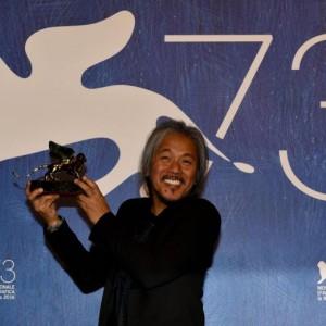 Guarda la versione ingrandita di Lav Diaz, vincitore del Leone d'Oro a Venezia 2016