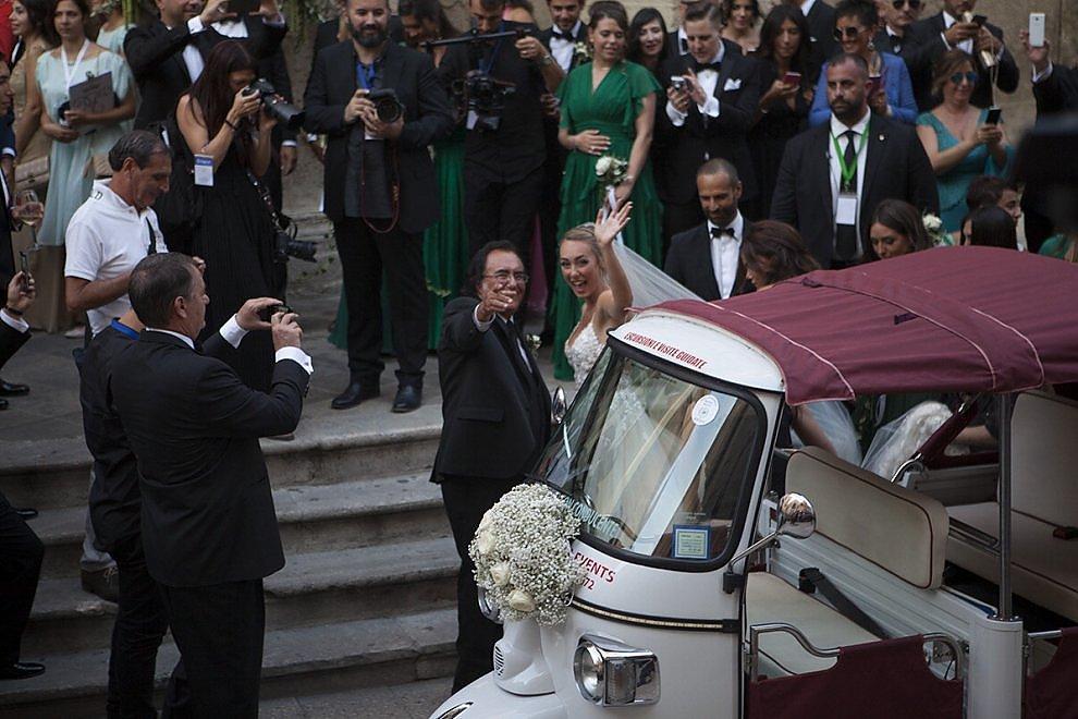 Amato Cristel Carrisi, matrimonio in Apecar. Tanti vip, Loredana Lecciso  XH16