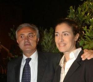 Guarda la versione ingrandita di Vedova Mennea contro Beppe Grillo: