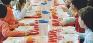 Guarda la versione ingrandita di Guerra del panino a mensa: dopo Torino è effetto domino
