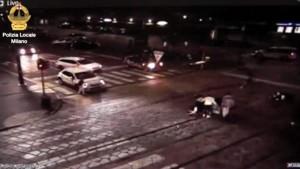 Milano, ragazze in scooter travolte: è stato un maresciallo dell' aeronautica