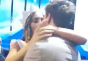 Guarda la versione ingrandita di Rachele Risaliti vince Miss Italia 2016 e bacia il fidanzato FOTO