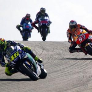 Guarda la versione ingrandita di Moto Gp Aragon: vince Marquez, secondo Lorenzo terzo Valentino Rossi FOTO