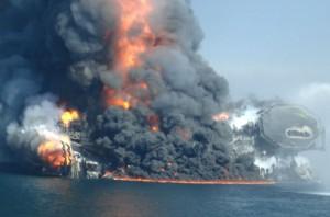Libia: esplosioni a Tripoli vicino base navale
