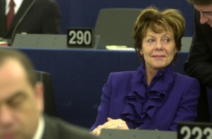 Guarda la versione ingrandita di Dopo Panama Papers ecco Bahamas Leaks: Neelie Kroes primo nome