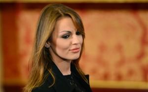 "Francesca Pascale sparita, Dagospia: ""Impacchettata da Marina Berlusconi..."""