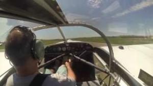 VIDEO YOUTUBE Perde elica in volo: incredibile atterraggio aereo