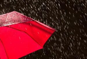 Meteo, previsioni week-end: piogge e temperature in calo