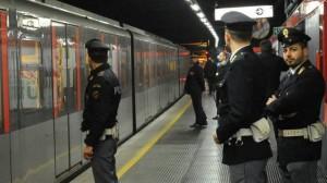 Allarme bomba Metro Roma,evacuata stazione Ottaviano per pacco sospetto