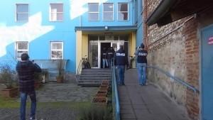 Vercelli, condannato per maltrattamenti a disabili, si impicca