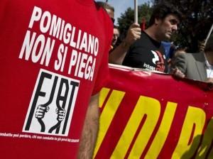 """Fiat: licenziati e a processo per un manichino. Moni Ovadia: """"Barbarie"""""""