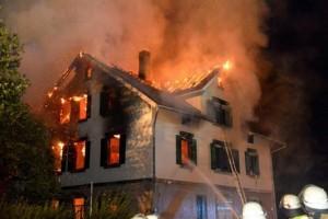Germania. Profugo dà fuoco alla ex moglie e rimane u****o nel rogo