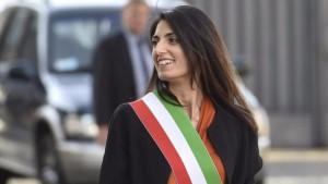 Virginia Raggi ancora senza assessore al Bilancio: in pole Salvatore Tutino