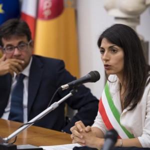 """Roma, Virginia Raggi ci riprova: """"Soluzioni in arrivo. Diamo fastidio..."""""""