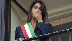 Roma, con Raggi il network Alemanno che irrita Grillo