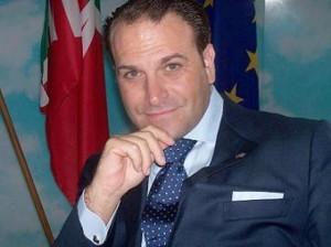 Guarda la versione ingrandita di Massimo Romagnoli, ex FI, condannato negli Usa: tentò di vendere armi a Farc