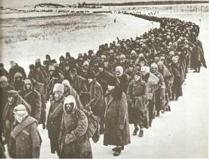 Guarda la versione ingrandita di Russia, ritrovato l'esercito dei dispersi: fossa comune con corpi di soldati italiani